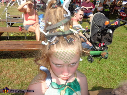 DIY Medusa Costume Idea for Girls