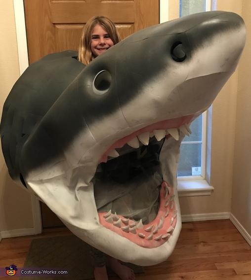 Open wide!, Megaladon Shark Costume