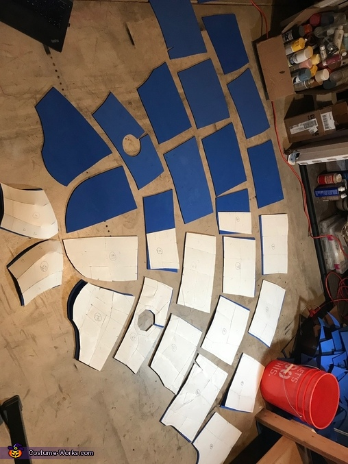 Ready to Glue, Megaladon Shark Costume