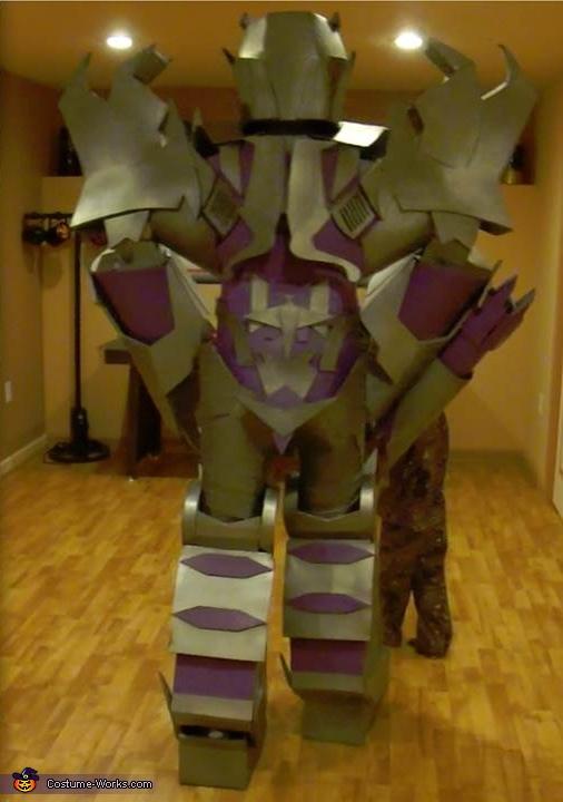 back vide, Megatron Costume