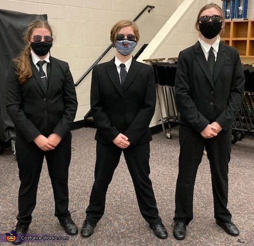 We tried this pose to look serious., Men In Black (Women In Black) Costume