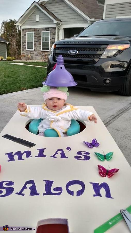 Mia's Salon Costume