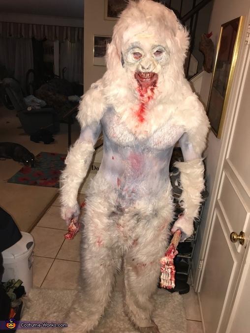 break in, Michigan Monster Costume