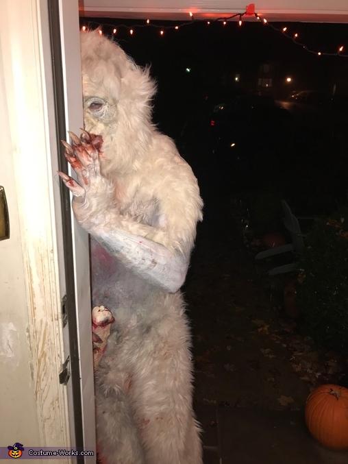 peek a boo!, Michigan Monster Costume