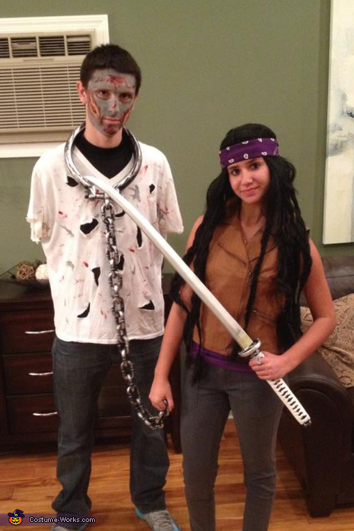 sc 1 st  Costume Works & Michonne and her Pet Zombie Costume