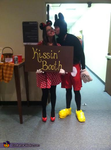 Kisses , Mickey and Minnie Costume
