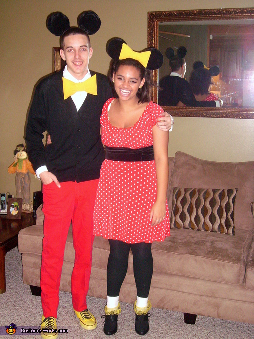 :) , Mickey and Minnie Mouse Couple's Costume