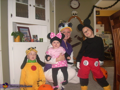 Mickey Mouse Crew Family Costume