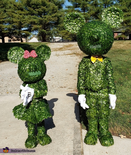 Disney World, Check your Hedges...there are runaways on the loose!, Mickey & Minnie Topiary Costume