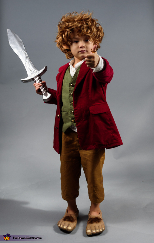 Bilbo Baggins, Middle Earth Family Costume