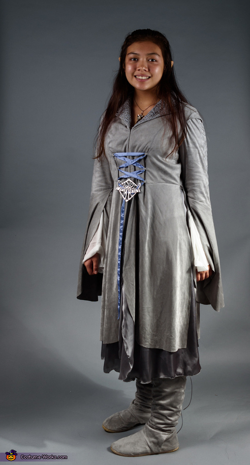 Arwen, Middle Earth Family Costume