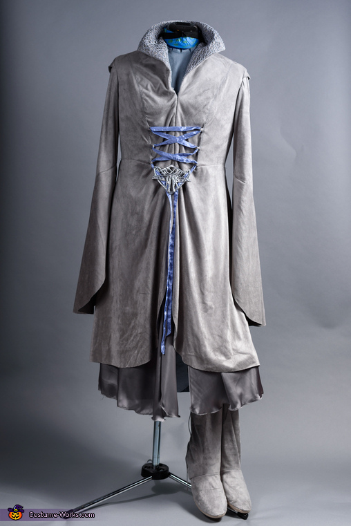Arwen Costume Front, Middle Earth Family Costume
