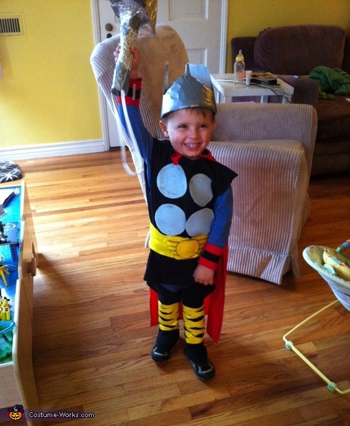 Mighty Thor's Hammer, Mighty Thor Costume