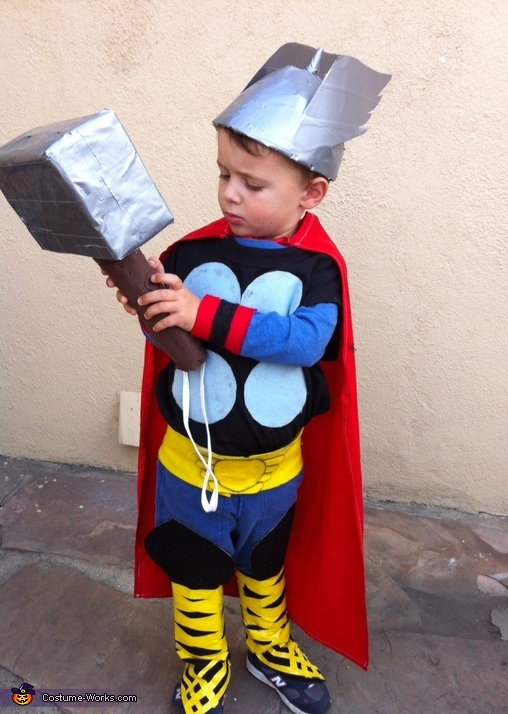 Mighty Thor Inspection, Mighty Thor Costume