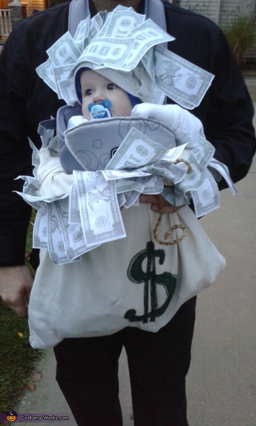 'Look at ALL THAT $$!', Million Dollar Baby Costume