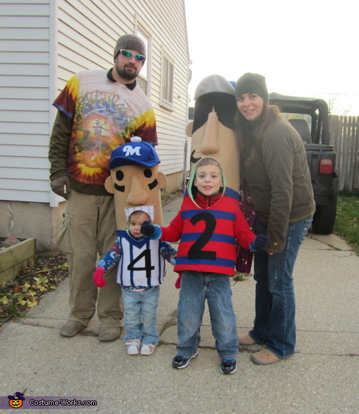 Milwaukee Brewer Racing Sausages Costume