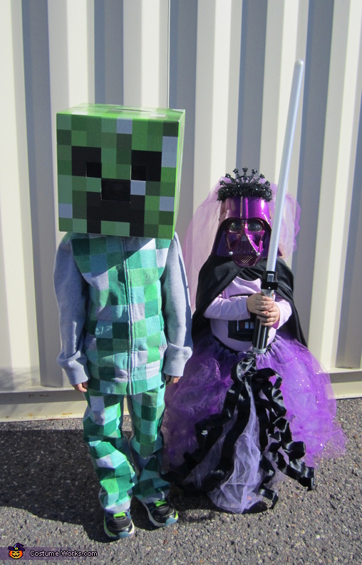 DIY Minecraft Creeper Costume
