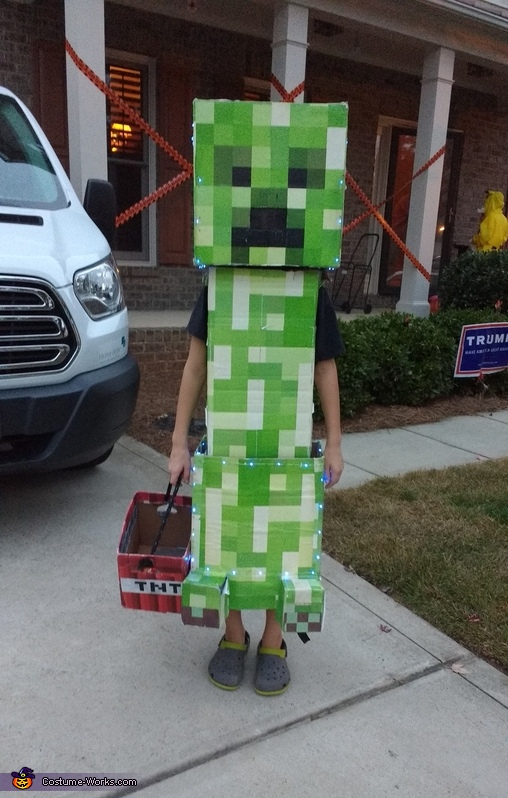 Creeper all ready for trick-or-treating, Minecraft Creeper Costume