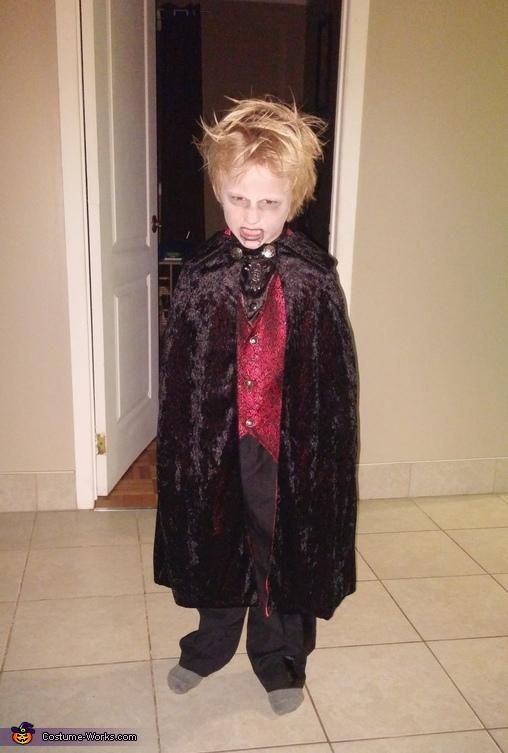 Mini Dracula Costume