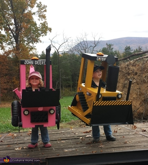 Mini Earthmovers Costume