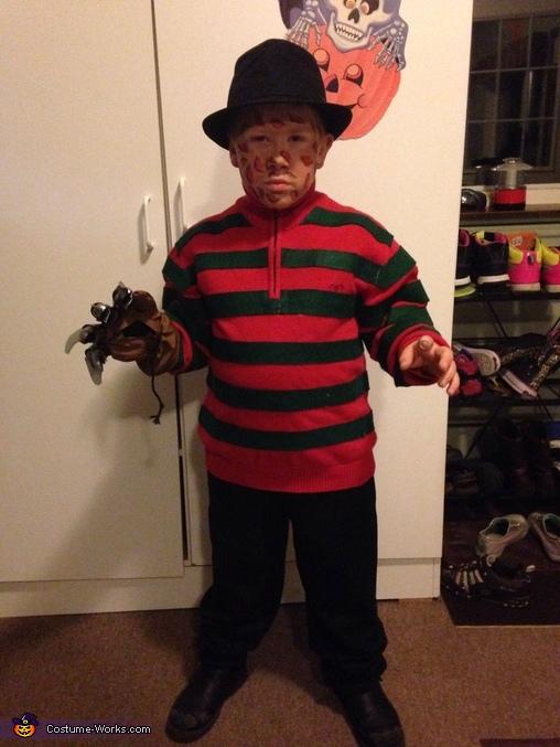 Freddy Kreuger, Mini Freddy Kreuger Costume