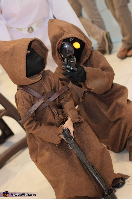Mini Jawa Homemade Costume