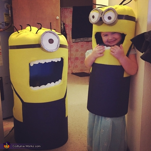Momma and baby, Mini Minion Baby Costume