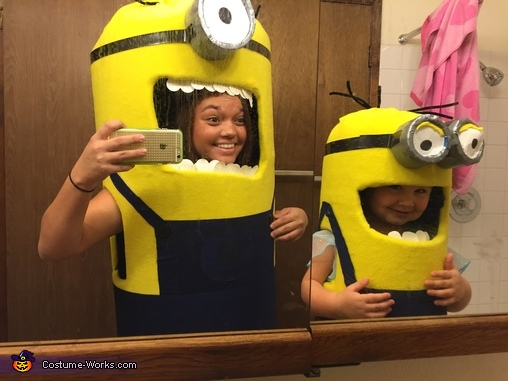 Minion selfies, Mini Minion Baby Costume