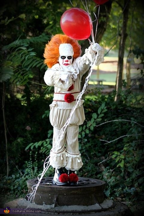 Mini Penny Pennywise Clown Costume Photo 6060 Best Pennywise Costume Pattern