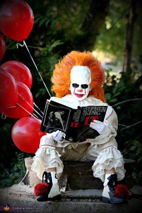 Mini Penny Pennywise Clown Costume Photo 6060 Extraordinary Pennywise Costume Pattern