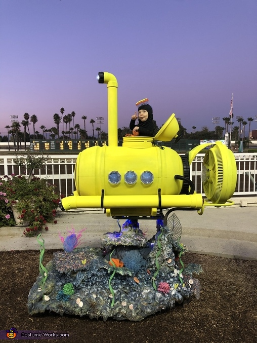 Deep sea diver, Mini Submarine Costume