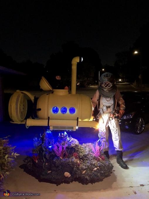 Night shot, Mini Submarine Costume