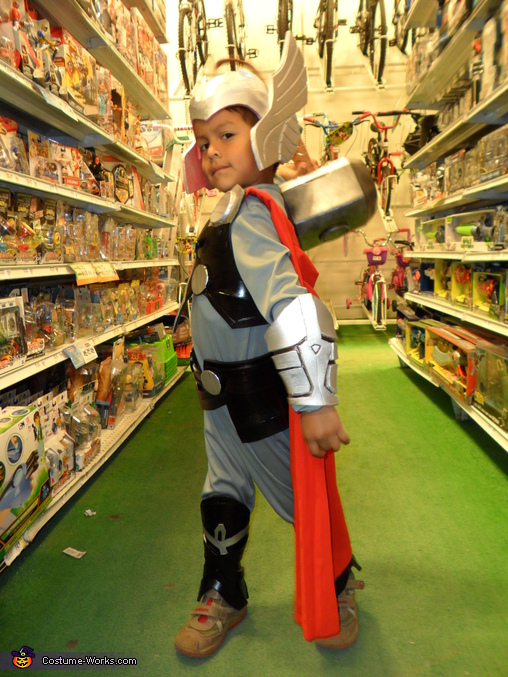 FIRST PIC, Mini Thor Costume