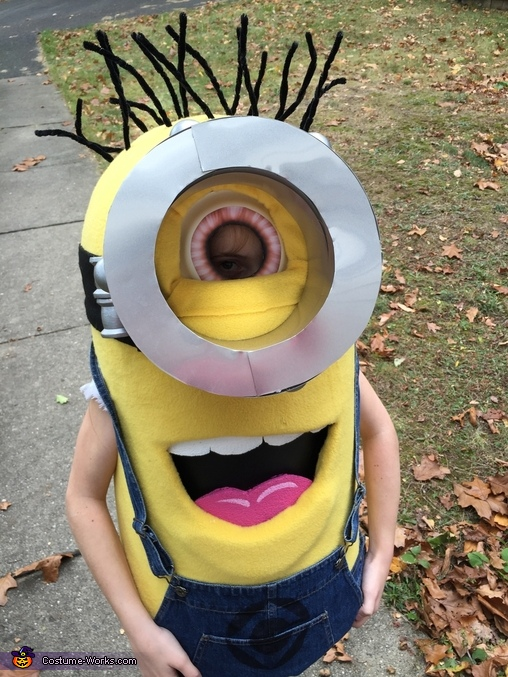 Close-up, Minion Costume
