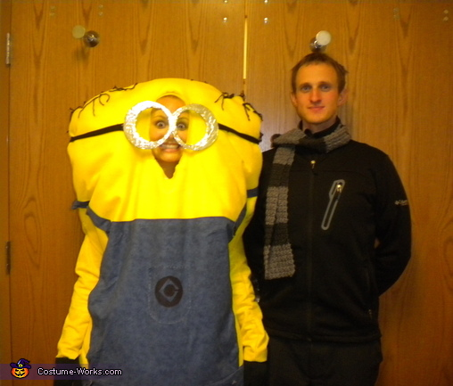 Minion Costume http://www.costume-works.com/minion_and_gru.html