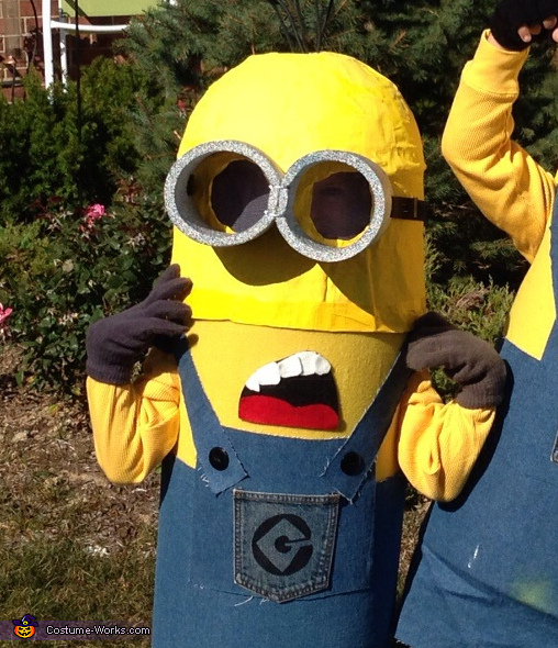 DIY Despicable Me Minions Group Costume