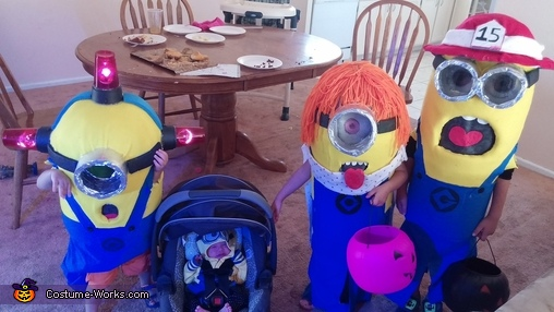 4 silly minions, DIY Minions Costumes