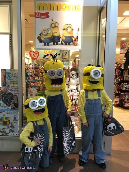 Minions: Stuart, Kevin & Bob Costume