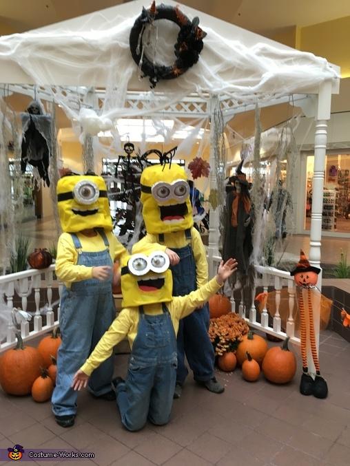 Minions: Stuart, Kevin & Bob...say BELLO!, Minions: Stuart, Kevin & Bob Costume