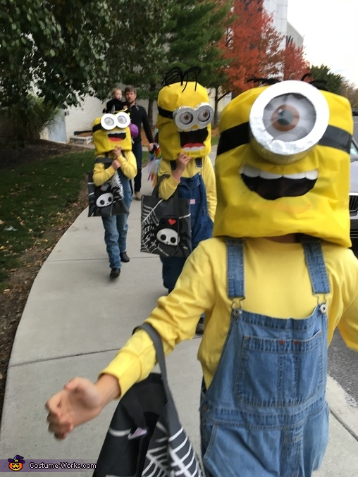 Triplets...Minions....yes and yes!!!, Minions: Stuart, Kevin & Bob Costume