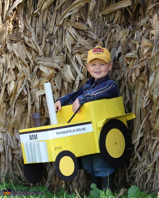 Minneapolis Moline Tractor Driver Costume