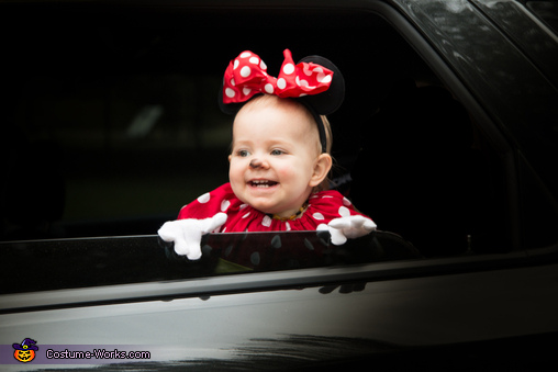 Minnie Mouse Baby Costume Idea