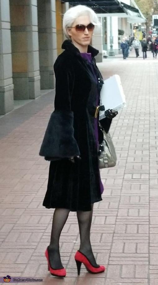 Miranda Priestly Costume