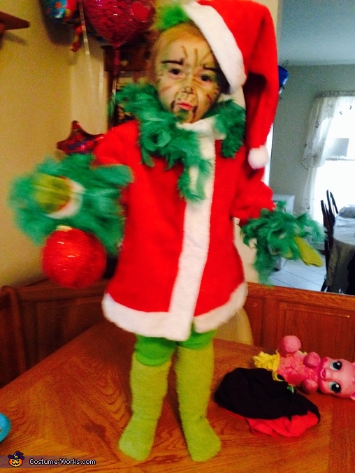 Miss Grinch, Miss Grinch Costume
