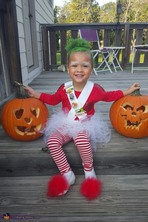 chocolate maker by day, toddler by night, Miss Loompa Costume