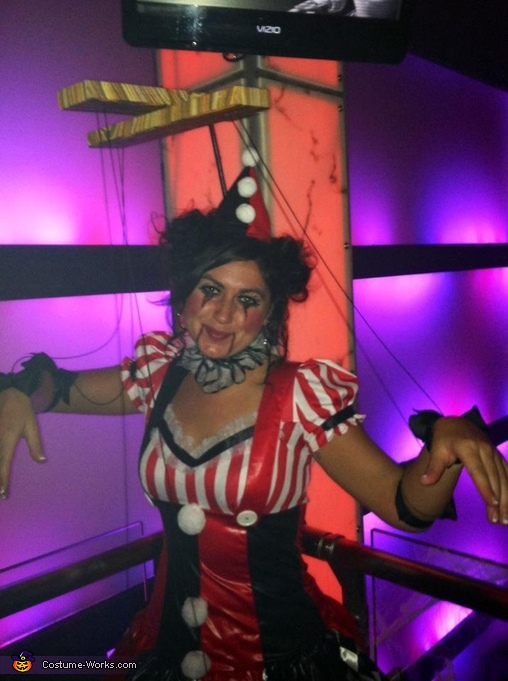 Who wants to be my puppet master?, Miss Marionette Costume