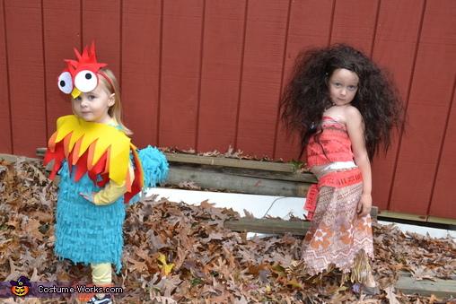 Hei Hei and Moana, Moana Cast Costume