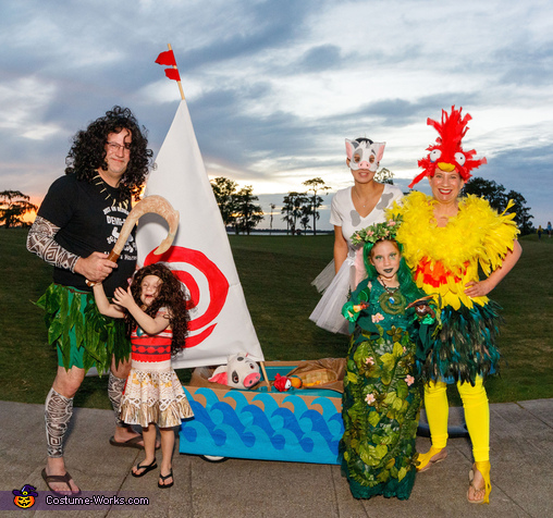 The amazing Moana Family Costume