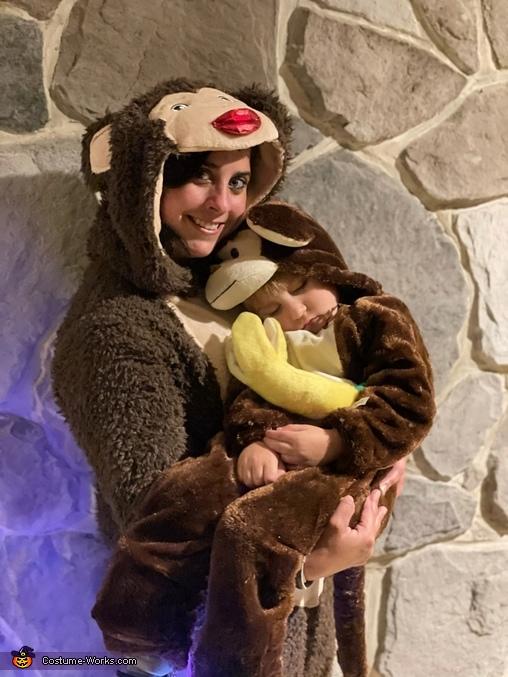 Momma Monkey with Baby Monkey Costume