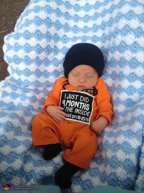 Momma's little Prisoner, Momma's Little Prisoner Baby Costume